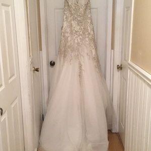 Allure Bridals Dresses - Allure Bridal